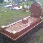 27-oval-headstone-and-kerbset-with-landing-cover-strips