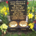 61-brentwood-ashes-headstone--vases
